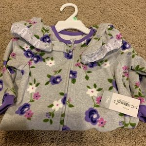 NWT Floral Fleece Footed Pajamas. Size 18 months